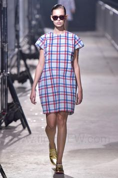 Mint Design - Ready-to-Wear - Runway Collection - Women  Spring / Summer 2015 - See more at: http://firstview.com/collection.php?p=0&id=40457&of=2#sthash.EoRF3BAW.dpuf