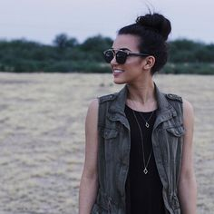 This anorak vest is a great everyday piece that can take you from summer to fall super easy!   cc: @alexiistherese