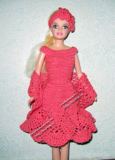 ♥LCD♥ Miss Barbie going to a dinner with a nice short dress that has a diagram