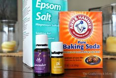 DIY Fabric Softener Crystals- add teaspoons of mix to laundry in washer Ingredients: 2 cups Epsom salts drops essential oils (single or a blend of your favorites!) cup baking soda Glass jar with lid Cleaners Homemade, Diy Cleaners, Household Cleaners, Household Tips, Young Living Oils, Young Living Essential Oils, Detox Your Home, Diy Crystals, Epsom Salt Crystals