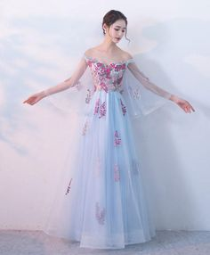 long prom dresses For Teens Brides Light blue v neck tulle lace long prom dress, evening dress Prom Dresses For Teens, Prom Dresses Blue, Pretty Dresses, Homecoming Dresses, Beautiful Dresses, Evening Dresses, Fancy Dress For Teens, Asian Prom Dress, Dress Prom
