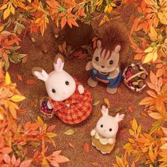 Calico Critters Families, Critters 3, Sylvanian Families, Diy Accessoires, Mini Things, Halloween Coloring, Cute Toys, My Little Pony, Creations