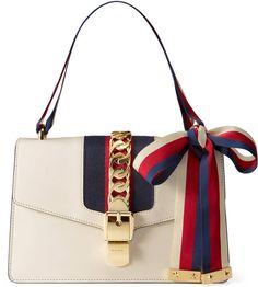 165071408 Sylvie leather shoulder bag Sapatos, Roupas, Luxo, Bolsa De Ombro De  Corrente,