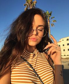 Maggie Lindemann pictures and photos Maggie Lindemann, Sfs Instagram, Disney Instagram, Instagram Posts, Pretty People, Beautiful People, Tmblr Girl, Selfie Poses, Selfies