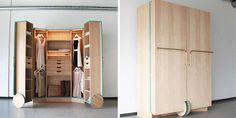 KOMPAKT WALK-IN: Hva med en løsning som dette smarte skapet? Her åpner du bare opp, og vips; walk-in garderoben åpenbarer seg.
