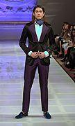Allex Kangala 2013가을 뉴욕꾸뛰르#패션위크#패션쇼#남성복#턱시도#실크#사틴#보라#블렉