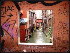 via Piella, la piccola Venezia. Chill, Rainy City, Bologna Italy, Hidden Places, Roadtrip, Good Ol, Google Images, Mother Nature, Night Life