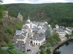 Discover the world through photos. Luxembourg, Belgium, Netherlands, Mansions, World, House Styles, Gd, The Nederlands, The Netherlands