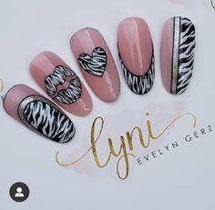 Nail Art Motif, Love Nails, My Nails, Galeries D'art D'ongles, Nail Art Designs, Nail Art Wheel, Gel Nagel Design, Pin On, Luxury Nails