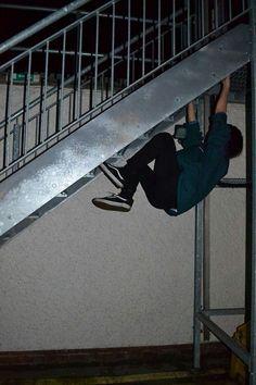 Todoroki breaks up with Izuku for Bakugou, Izuku moves to America for… Night Aesthetic, Aesthetic Grunge, These Broken Stars, Grunge Photography, Urban Photography, White Photography, Newborn Photography, Photography Poses, Teenage Dream