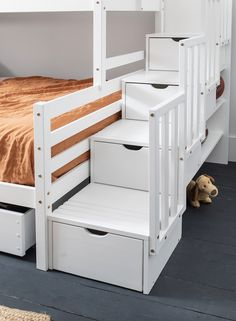 Never be short on sleeping space again with the mega Freddie Bed. Decked out with a double bottom bed and single top bed, this triple sleeper is perfect for large families or sleepovers! Double Deck Bed Space Saving, Triple Sleeper, Modern Kids Bedroom, Large Families, Triple Bunk, Cool Wall Art, Spare Room, Bedroom Storage, Bunk Beds