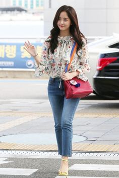 Kim so hyun 2017 Pop Fashion, Girl Fashion, Fashion Outfits, Classy Outfits, Stylish Outfits, Kim So Hyun Fashion, Blake Steven, Kim Sohyun, Korean Street Fashion