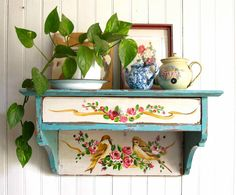 Shabby Chic Home Interiors – Decorating Tips For All Hand Painted Furniture, Upcycled Furniture, Shabby Chic Furniture, Diy Furniture, Shabby Chic Homes, Shabby Chic Decor, Flea Market Decorating, Interior Decorating, Muebles Shabby Chic