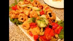 Rulada aperitiv.Rapid,gustos si festiv. Pasta Salad, Cobb Salad, Bacon, Ethnic Recipes, Food, Crab Pasta Salad, Eten, Meals, Macaroni Salad