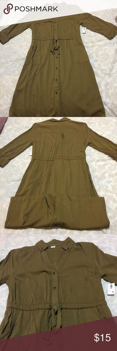 NWT green old navy dress Brand new never worn. Hits at the knee. Prices are negotiable make me a offer. Old Navy Dresses