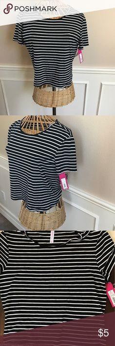 Stripe crop top ☀️💓 NWT Target Xhilaration brand crop top. Super cute and trendy for summer. It comes just above the waist. 96% rayon and 5% spandex. Xhilaration Tops Crop Tops