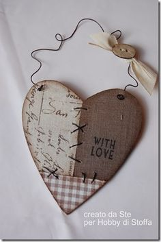 Diy Home Crafts, Crafts To Make, Wood Crafts, Valentine Decorations, Valentine Crafts, Country Paintings, Heart Crafts, Vintage Scrapbook, Wooden Hearts