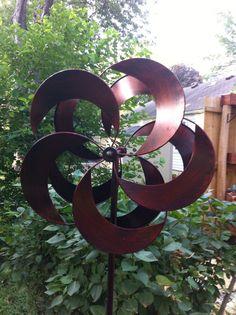 Kinetic wind Sculpture floral burst flower spinner large metal outdoor Pinwheel