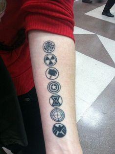 Marvel Tattoos, Avengers Tattoo, Symbol Tattoos, Love Tattoos, Beautiful Tattoos, Nerdy Tattoos, Awesome Tattoos, Tatoos, Fandom Tattoos