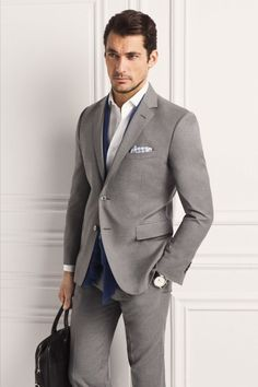 David Gandy for Massimo Dutti 2013 (NYC Limited Edition). Like the suit and color ensemble Gentleman Mode, Gentleman Style, David Gandy, Sharp Dressed Man, Well Dressed Men, Fashion Moda, Mens Fashion, Fashion Menswear, Look Formal