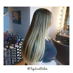 Balayage hair. Michelle did a wonderful job. We are crazy about this look. Come stop by #TopLevelSalon for this gorgeous look. Check us out on Instagram and Facebook @ TopLevelSalon