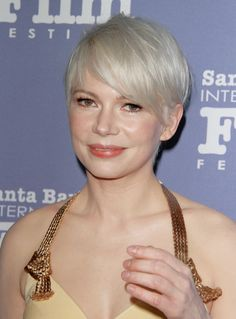 Michelle Williams attends the Cinema Vanguard Award during the 32nd Santa Barbara International Film Festival at the Arlington Theatre on February 5, 2017 in Santa Barbara, California.
