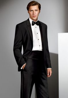 The Aston by Calvin Klein : Formal Dimensions