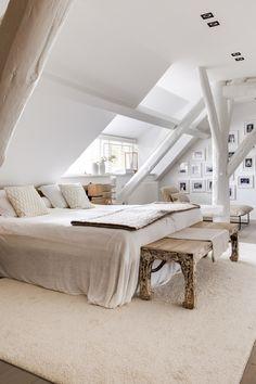 Attic Bedroom Designs, Attic Bedrooms, Bedroom Layouts, Bedroom Loft, Bedroom Decor, Attic Bedroom Ideas Angled Ceilings, Kids Bedroom, Attic Design, Bedroom Rustic