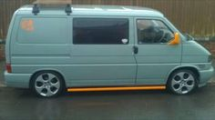 VW T4 flat grey orange bits