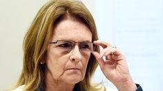 Petrobras (só agora) estuda romper contratocom empresa de doleiro - Economia - Notícia - VEJA.com