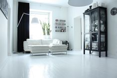 We´ve had this kind of white floor for past five years... but still it fascinates  me.