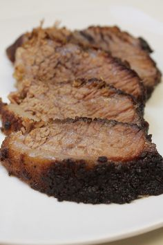 How to cook Beef Brisket in the oven. Get the same smoked flavor, with my easy steps & video tutorial. This is the perfect recipe if you are unable to grill for whatever reason. How To Cook Brisket, Beef Brisket Recipes, How To Cook Beef, Pork Recipes, Cooking Recipes, Game Recipes, Oven Recipes, Skillet Recipes, Spinach Recipes