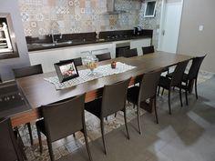 Ambiente compartilhado pela Vigore Arquitetura, adoramos a combinação do Concreto com o Retrô Rústico HD. Ideal para áreas como cozinhas e lavabos, também se torna uma excelente escolha a aplicação do Retrô no chão como você pode ver. Gostou? Compartilha com a gente a reforma que você está fazendo com os porcelanatos Itagres.