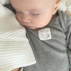 There's nothing cuter than a sleeping babe! Thanks @mollysullivanfrench and @isabellasullivanfrench for sharing this sweet photo! #burtsbeesbaby #fanphoto #babyfashion