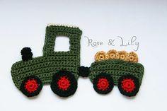 Häkelapplikationen - Traktor gehäkelt mit Anhänger - Applikation - ein Designerstück von roseandlily bei DaWanda