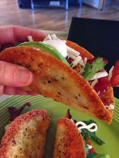 BEEF TACOS WITH PROVOLONE CHEESE TACO SHELLS Kathryn's Low Carb Kitchen: Cheese Recipes Atkins Recipes, Low Carb Recipes, Cooking Recipes, Healthy Recipes, Cheese Recipes, Healthy Options, Diet Recipes, Healthy Low Carb Meals, Atkins Snacks