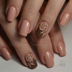 Hey there lovers of nail art! In this post we are going to share with you some Magnificent Nail Art Designs that are going to catch your eye and that you will want to copy for sure. Nail art is gaining more… Read more › Rose Nails, Flower Nails, My Nails, Rose Nail Art, Rose Art, Rose Nail Design, Oval Nails, Fancy Nails, Trendy Nails