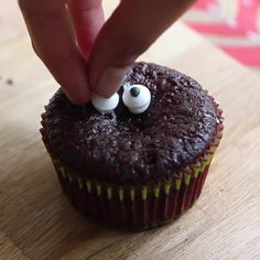 Transform ordinary cupcakes into spooktacular Halloween treats with a few simple decorations.