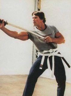 Prepare and some day your chance will come ⚔️👑 — Arnold Schwarzenegger Movies, Arnold Schwarzenegger Bodybuilding, Arnold Movies, Predator, Olympia Fitness, Conan Movie, Film Icon, Hard Men, Mr Olympia