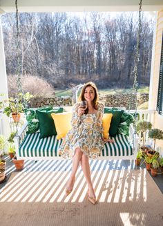 Cute Preppy Outfits, Preppy Style, Spring Look, Spring Style, Teenager Photography, Sarah Vickers, Outdoor Tub, Classy Girl, Thrift Fashion