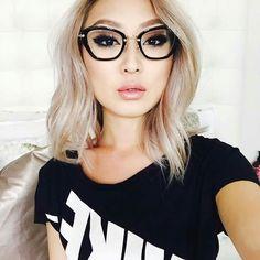 fashion Armação Oculos Grau, Meninas De Óculos, Garotas, Cabelo Bonito,  Cabelo 3781372f9a