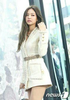 [PRESS] 160621 | Black Pink's Jennie @ 'CHANEL Mademoiselle Privé Seoul' Opening Event  #BLACKPINK #JENNIE #CHANEL #FASHION