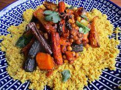 Yotam Ottolenghi, Ottolenghi Recipes, Raw Food Recipes, Vegetarian Recipes, Cooking Recipes, Healthy Recipes, Otto Lenghi, Confort Food, Batch Cooking