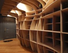 House & Home: Furniture Design: Custom Cabinets Wood Shelves Creative Bookshelves, Bookshelf Design, Shelving Design, Wooden Wall Shelves, Built In Shelves, Storage Shelves, Wall Shelving, Shelving Ideas, Wood Storage