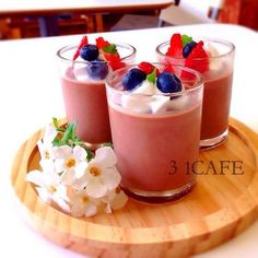 photo:01 Dessert Cups, Dessert Recipes, Panna Cotta, Beverages, Drinks, Berries, Deserts, Food And Drink, Cooking Recipes