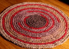 Round Rug Brown Ombre with a Hint of Red Handmade por EsTeRaP