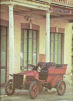 1904 WHITE D  -  Vintage Automobile Book Print. $3.75, via Etsy.  --  LONGEST LIVED STEAMER -- MADE BY WHITE SEWING MACHINE CO.