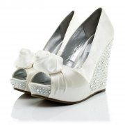 Kelly Bridal Prom Wedge Heel Rose Diamante Platform Court Shoes - White Works perfectly for an outdoor wedding. No sinking heals.