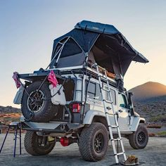 Save by Hermie - jeep - Vehicles Jeep Wrangler Camper, Jeep Wrangler Rubicon, Jeep Jk, Jeep Truck, Jeep Wrangler Unlimited, Jeep Hardtop Storage, Hors Route, Badass Jeep, Jeep Camping