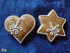 Natúr karácsonyfadíszek (Valeriart) - Meska.hu Christmas Gingerbread, Merry Christmas, Just Do It, Cookie Decorating, Cookie Cutters, Diy And Crafts, Cooking Recipes, Cookies, Sweet